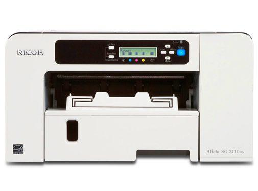 Chromablastová tlačiareň, ktorá sa používa na potlač fotografií na biely textil najčastejšie na tričká