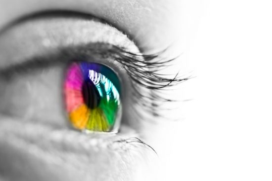 Colorful-eyes-800x534